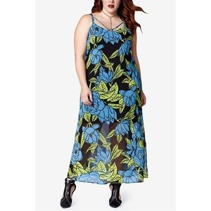 mblm x Tess Holliday Strappy Chiffon Maxi Dress